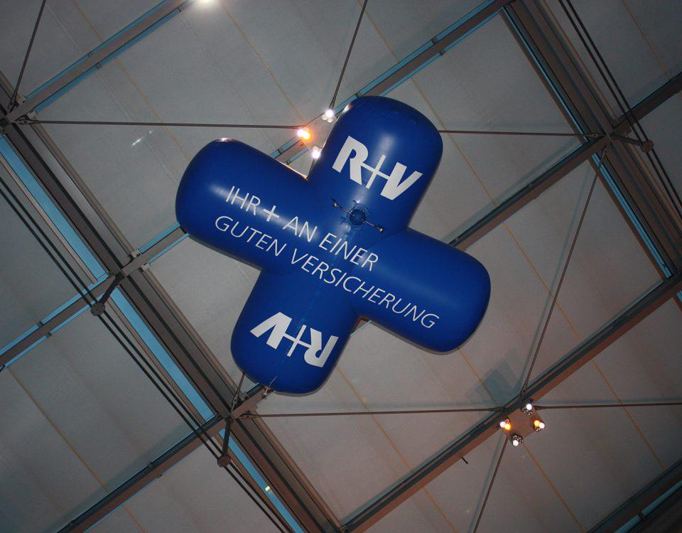 Sonderform Indoor Luftschiff für R+V Versicherungen