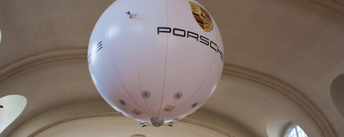 Sonderform Indoor Luftschiff für Porsche