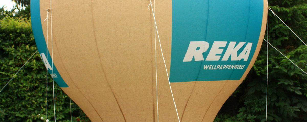 Hier haben wir für die Firma REKA einen Standballon in Form einer Glühbirne erstellt. Diese Art Werbematerial hinterlässt immer einen bleibenden Eindruck.