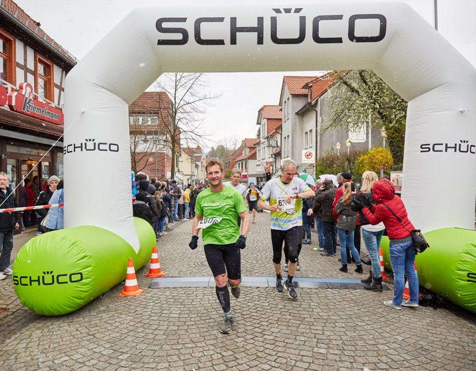Schüco-Torbogen - Bei öffentlichen Sport-Veranstaltungen sind diese Torbogen ein tolles Werbemittel.
