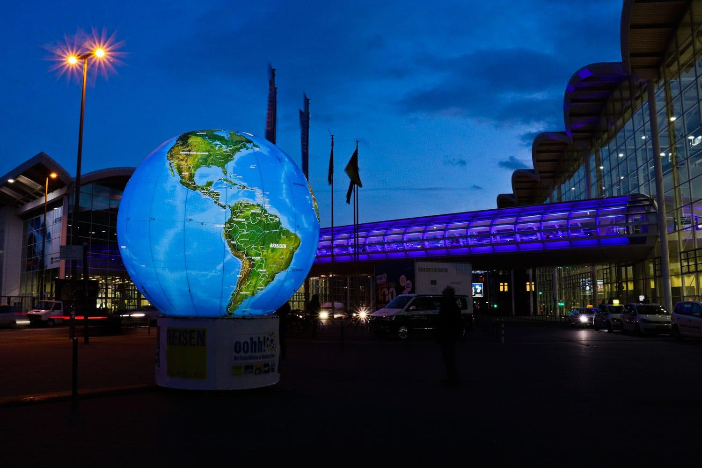 XXL-Globus, 3m mit Innenbeleuchtung