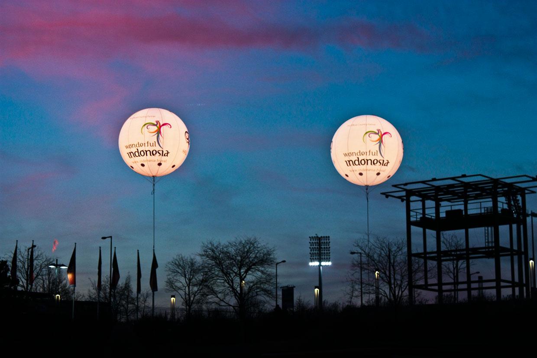 Leuchtballons-für-Messen